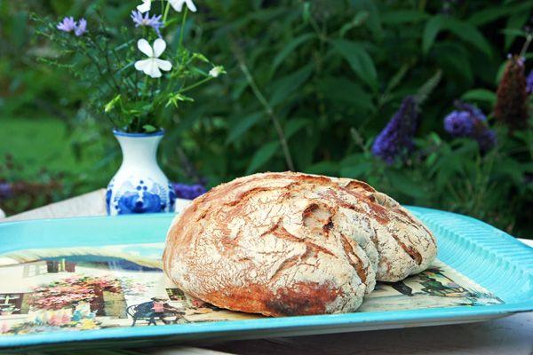 Verdens bedste brød, bagt i gryde. Nemmere bliver det ikke. Brød, gryde, langtidshævet. Hvedemel, spelt,