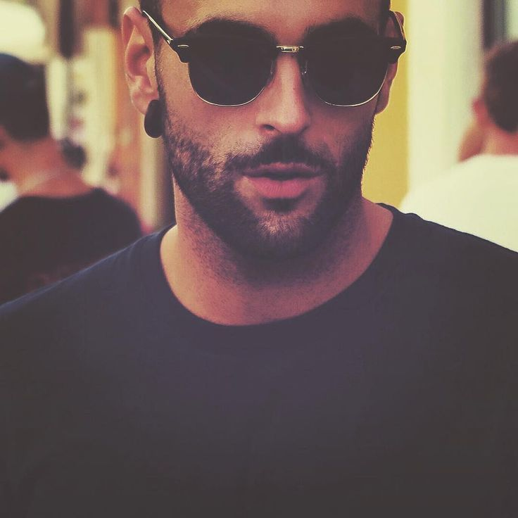 Marco Mengoni On The Road  Viaggi di #2DUEdi2DUE https://instagram.com/p/8OgwOww9K4/?taken-by=mengonimarcoofficial