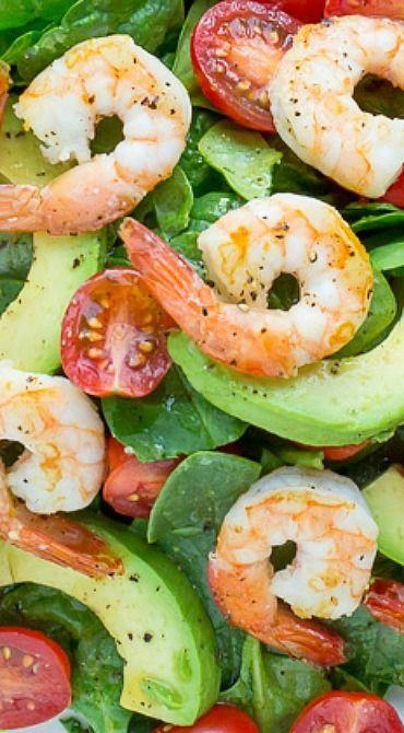 Spinach, Shrimp & Avocado Salad with Zesty Lemon Vinaigrette #spinachsaladrecipes