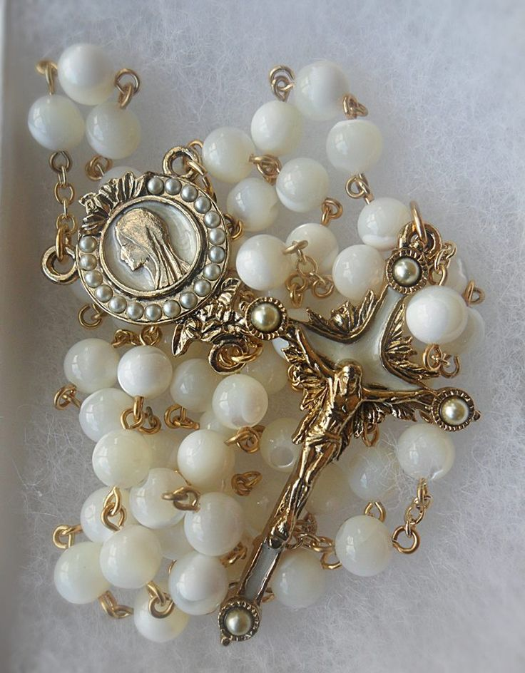 Beautiful Mother of Pearl  Rosary