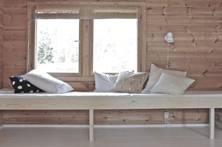 Minna Jones: Easy DIY daybed
