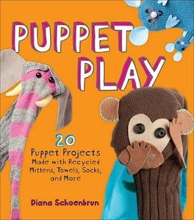 recycelte Materialien machen Puppenspiel   – Drama Club
