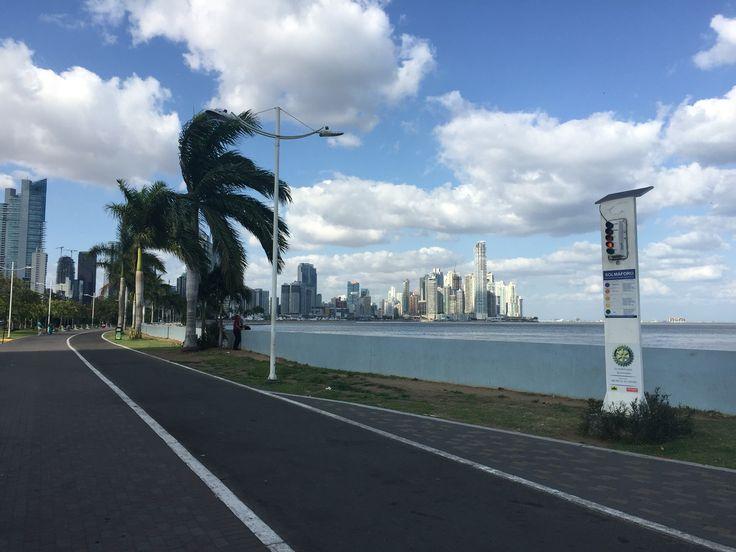Solmáforo, Panamá
