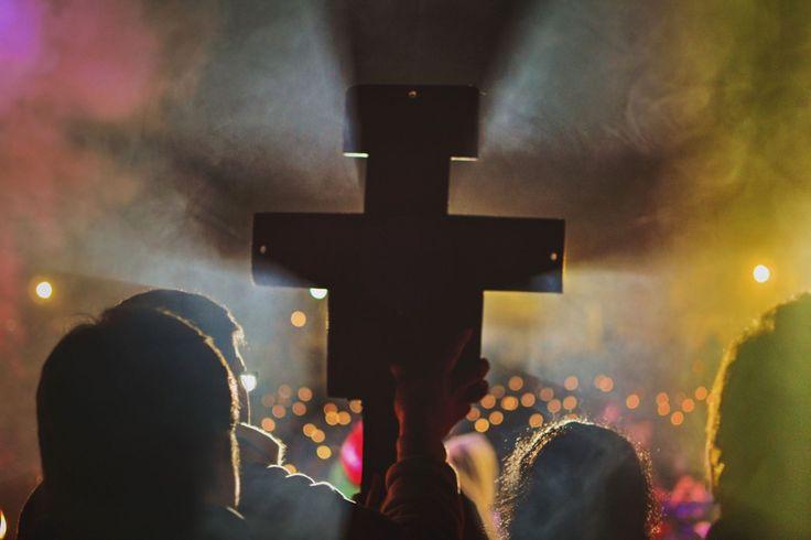 Imagen católica: congreso,eucaristico,tucuman,rioja,edux,montivero,cruz,san,damian,franciscana,franciscano,francisco,luz,resplandor,misioneros,luces - Cathopic
