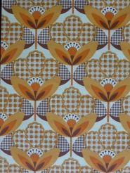 oranje bruine bloemen vintage behangpapier