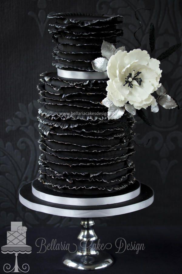 Black friday ruffles birthday cake - Cake by Bellaria Cakes Design (Riany Clement)