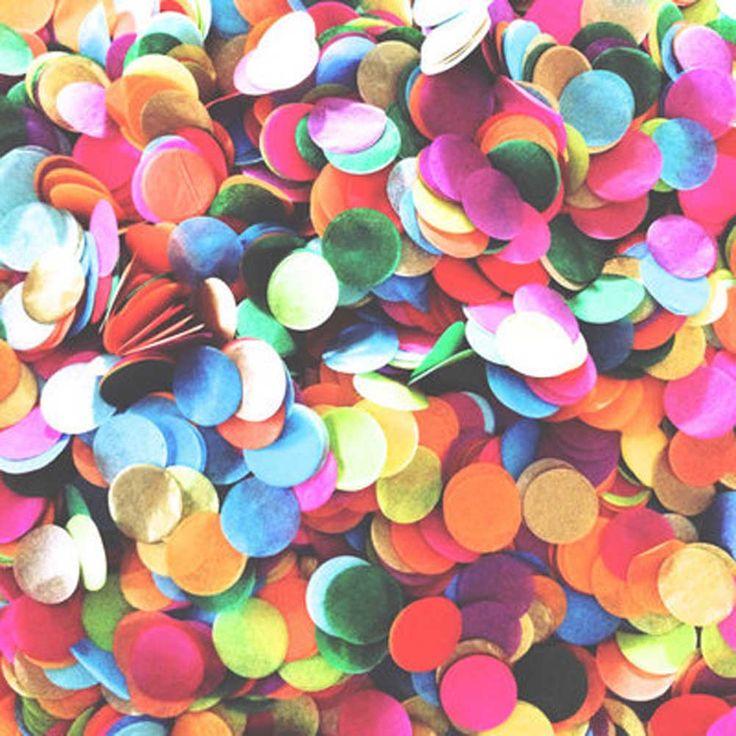 900pcs 2.5cm Round Star Shape Multicolor Paper Confetti Wedding Party Table Decoration - Wedding Look