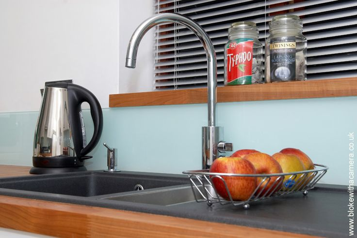 Use offcuts of worktop for window sill