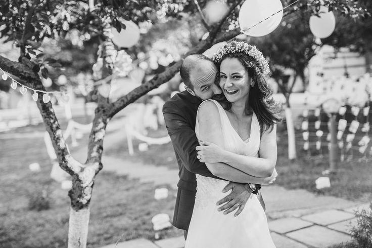 Nunta in gradina   Picturesque  #fotograf #nunta #trahsthedress #fotografie #sedintafoto #miri #foto #wedding #photography #weddingday #inlove  www.picturesque.ro