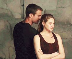 100+ screencaps from EW's behind the scenes video from the Divergent set - DIVERGENT Fansite