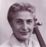 Continuando as postagens sobre os pioneiros da musicoterapia mundial, apresento hoje a musicoterapeuta Juliette Louise Alvin (...