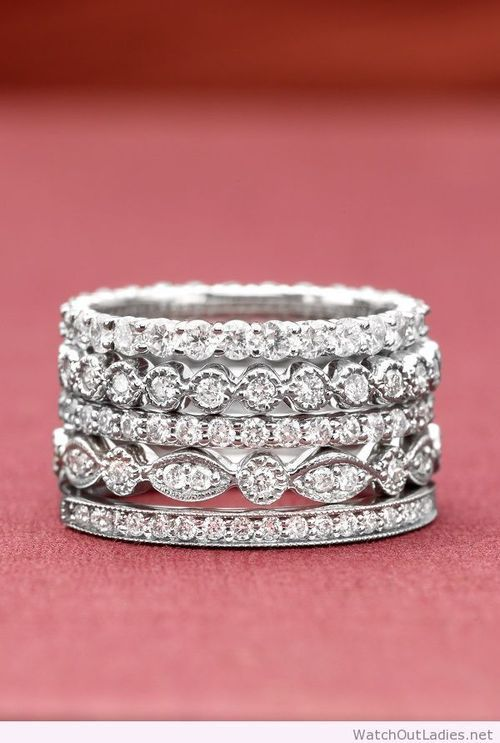 stunning vintage-inspired wedding bands ~