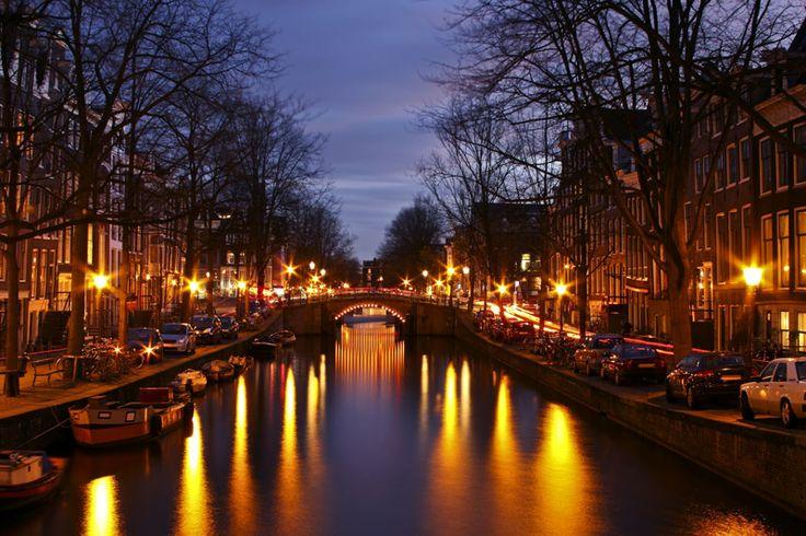Welche Stadt hat mehr Brücken: Venedig oder Amsterdam? http://www.lastminute.de/angebote/staedtereisen--amsterdam.html?lmextid=a1618_180_e301026