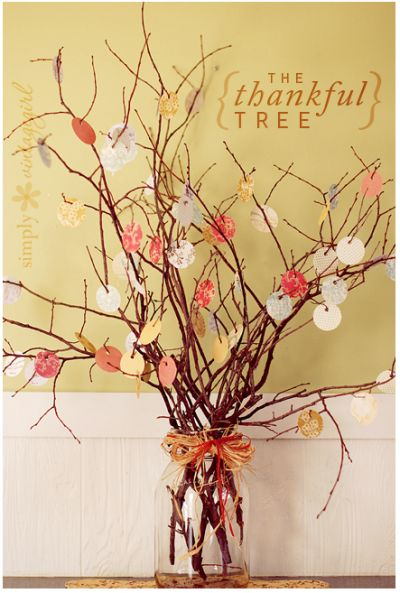 What a fun idea! A Thankful tree. This would be a fun craft for the whole family.