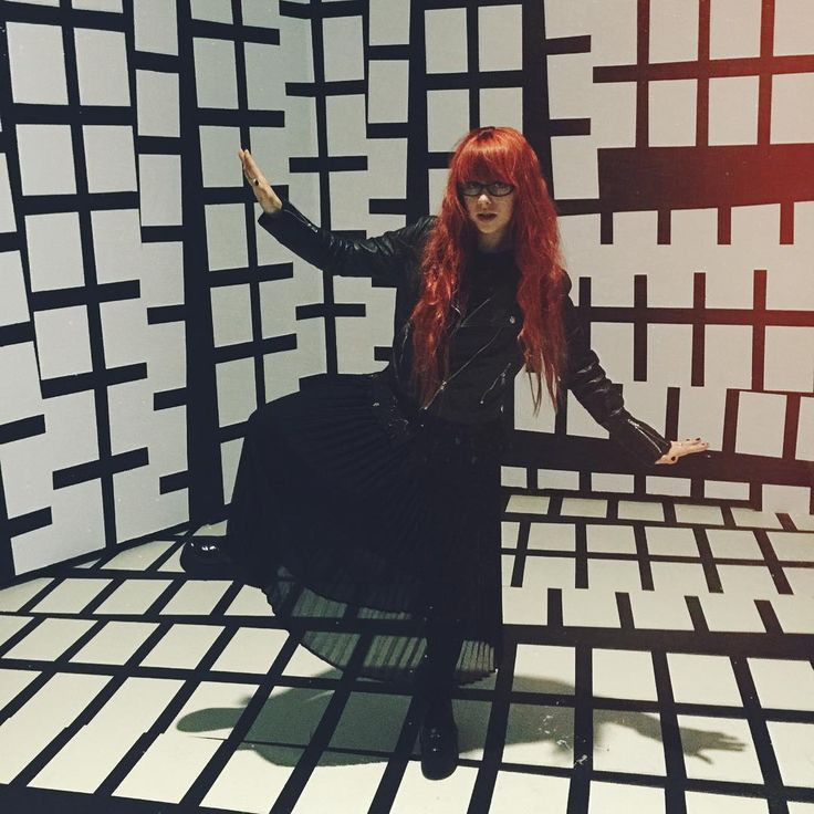 My life these days. #redhead #girlswithredhair #black #ootd #jazdow #museum