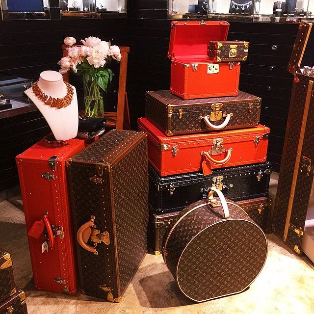 Louis Vuitton luggage window display, Paris -- via russia-instagram