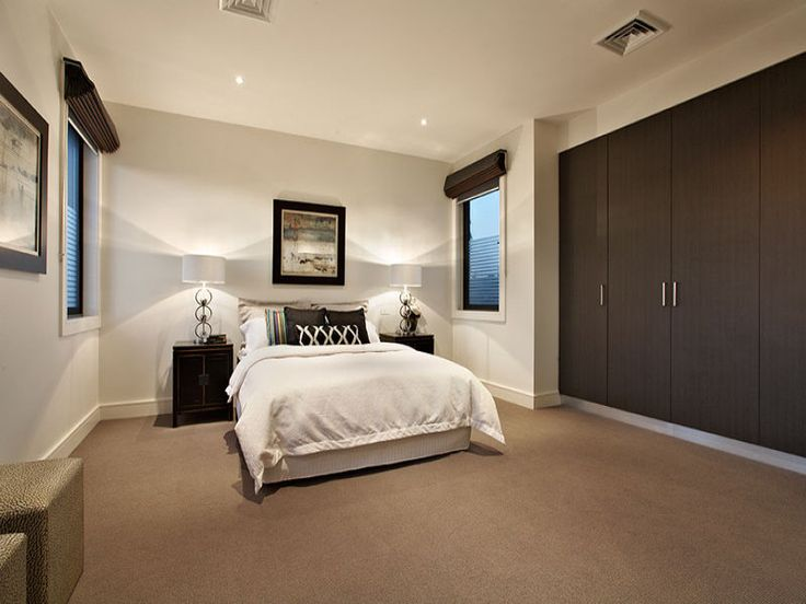 Modern Bedroom Design Idea With Carpet & Built-in Wardrobe