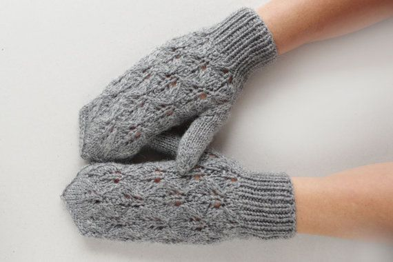 Womens lace knit mittens gloves, natural gray wool gloves, beautyful winter gloves, gift for her