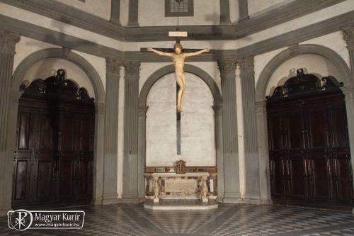 Méltó helyre került Michelangelo feszülete a firenzei Szentlélek-templomban | Magyar Kurír - katolikus hírportál