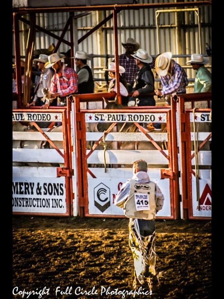 Marry a cowboy rodeo life love