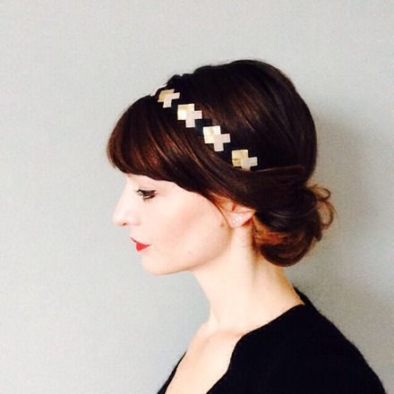 Voici une nouveauté de la boutique Lucky Rosetta -  Graphic & coloré ce head-band en Cuir est idéal pour accessoiriser vos tenues   Ces head-band sont en cuir , parfois des  - 16829984