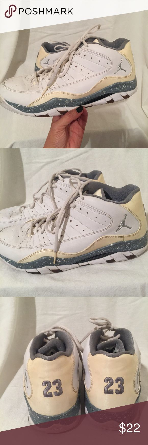 Men's Jordan Basketball Shoes Size 11.5 Preowned and in good condition. Men's size 11.5 Jordan Shoes Sneakers