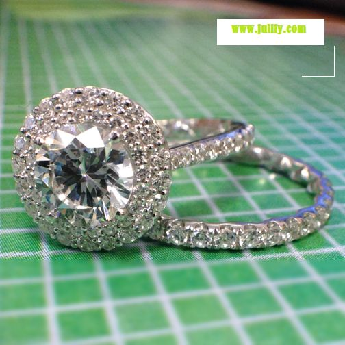 This double halo from A. Jaffe is absolutely gorgeous! Want!  http://www.julify.com/