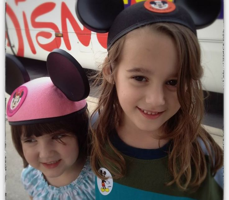 10 of the world's most simple tips for enjoying a Disney Vacation with kids. Things like this can make or break the trip!Disney World Vacations, Disney World, Disney Dreams, Disney Trips, Disney Vacations, Disney Tips, Enjoy Disney, Mom Pick, Disney Worlds