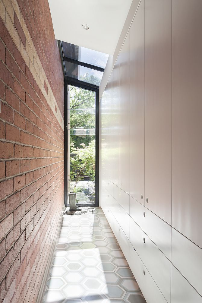 Lovely Red Brick St Kilda East House in Australia by Clare Cousins Architects11