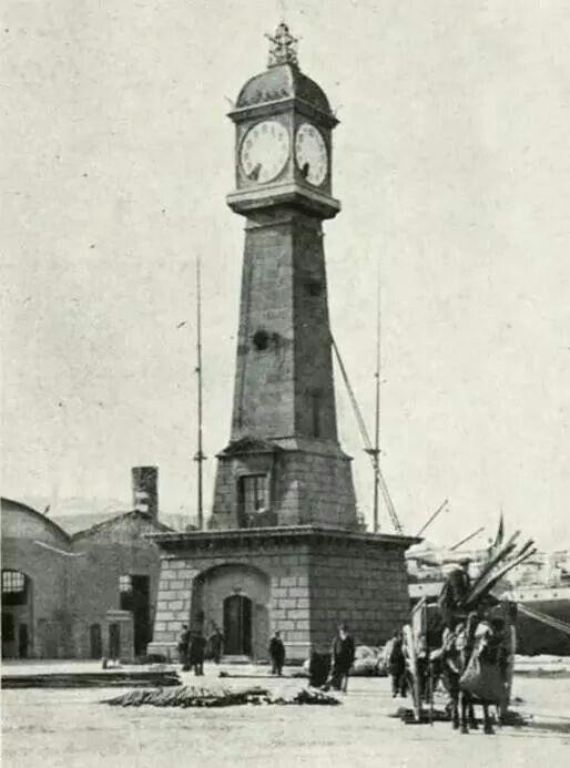 Farola del Port de Pescadors a la Barceloneta, 1912. Barcelona, Catalonia.