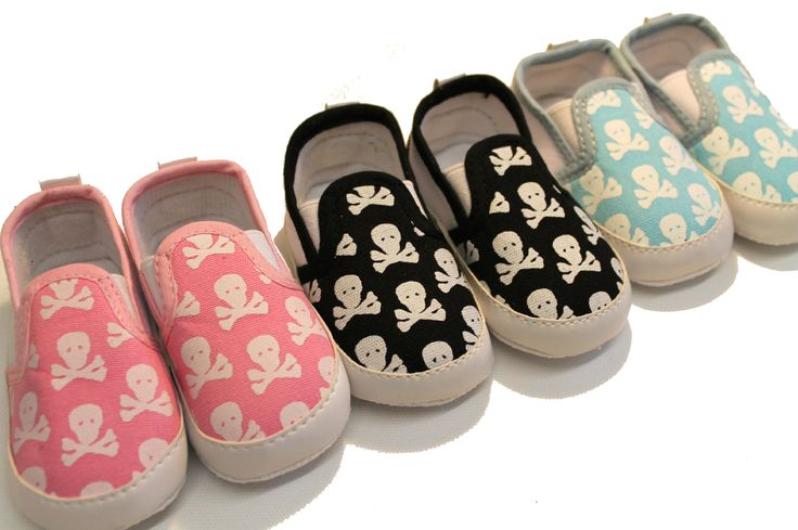 skull clothing | Cool-Baby-Shoes-Gifts-Cute-Skulls-Pirate-Baby-Clothes-Alternative-Punk