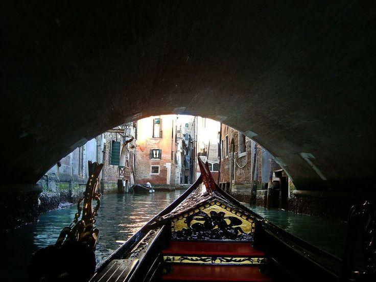 Sotto il ponte..... di Sergio Zolessi