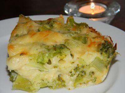 Zapečená brokolice v sýrovém bešamelu