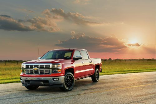 Picture of Cool Car Wallpapers of 2015 Chevrolet Silverado in Victory Red