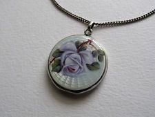 Silber Medaillon mit Email ° Rosen° grün - weiß - violett - Suffragetten Farben