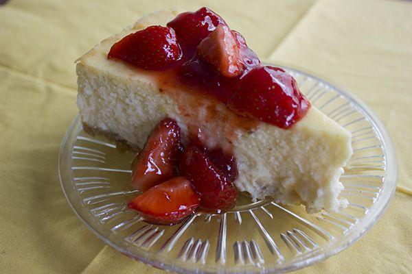Aardbeien cheesecake voor Moederdag! http://donjadewit.nl/aardbeien%20cheesecake.html