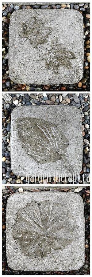 Bekijk de foto van WiaWijbenga met als titel betonnen tegels met blad en andere inspirerende plaatjes op Welke.nl.