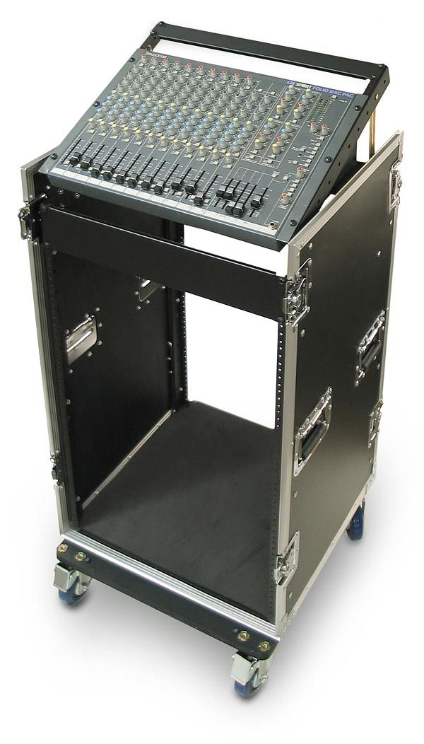 C16u P 16 Space Heavy Duty Rack Case With Slant Top Mixer Rails In 2020 Subwoofer Box Design Subwoofer Box Heavy Duty Racking