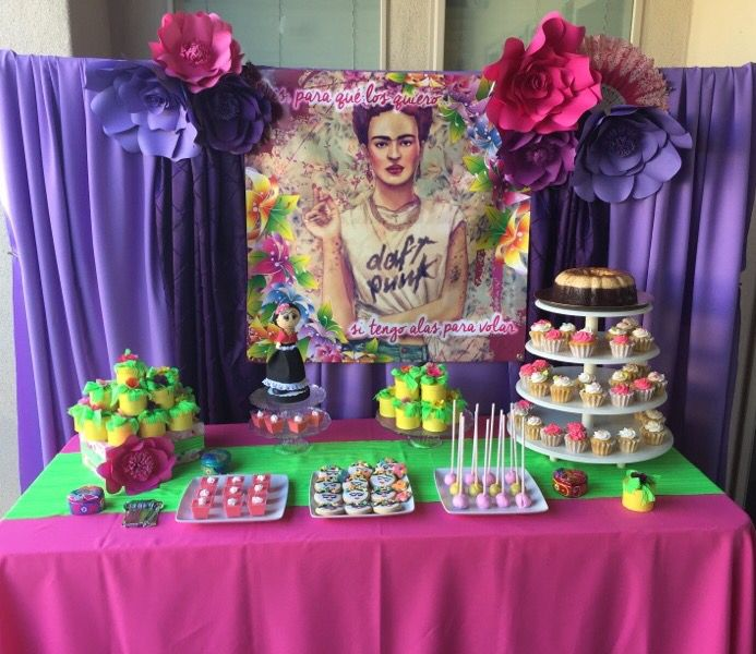 Frida Kahlo party decor