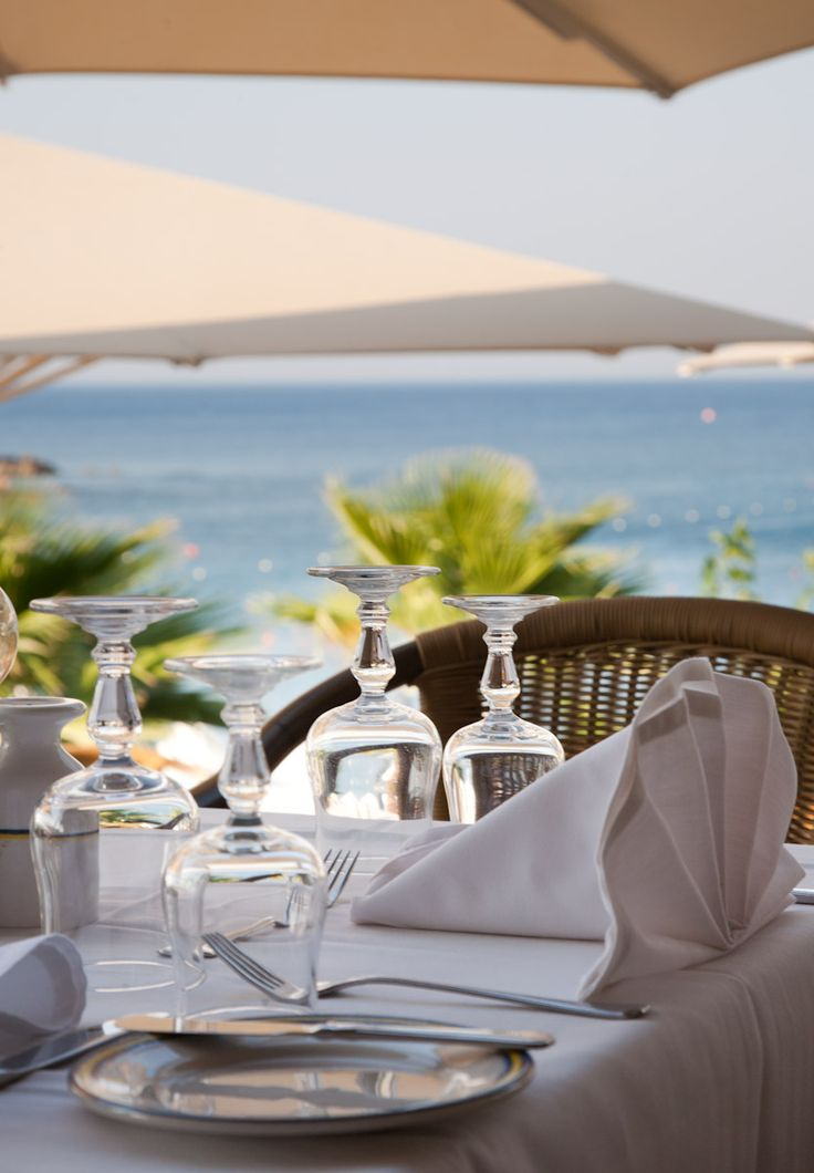 Amilia Mare an ALL INCLUSIVE Paradise with 8 #restaurants & 8 #bars! Top quality drinks & a world of food choices. http://bit.ly/1GXoGAe