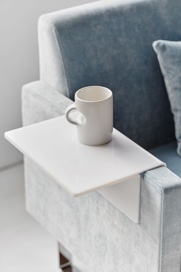 Monolite armrest tray, design: Sandin & Bülow | Styling: Katrin Bååth | Photo: Sara Landstedt