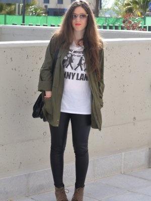 lauramfv Outfit   Primavera 2012. Combinar Leggings Negros Primark, Chaqueta-Cazadora Verde oscuro Mango, Cómo vestirse y combinar según lauramfv el 26-4-2012