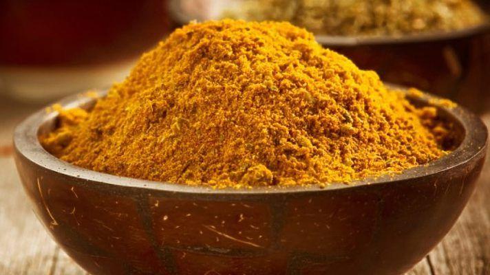 Куркума помогает очистить печень и оздоровить кожу (Рецепты)