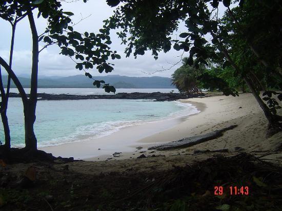 Pastenda Equador,Ilheu das Rolas, São Tomé e Principé