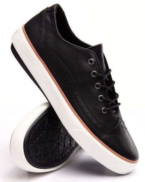 Find M Gustav Low Top Sneaker Men's Footwear from UNNOWN Footwear & more at DrJays. on Drjays.com