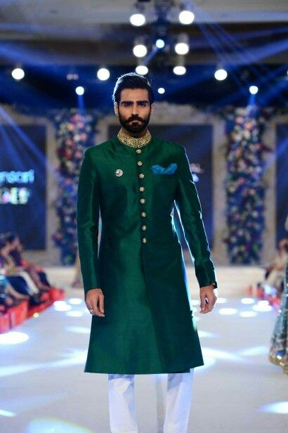 Pakistani sherwani