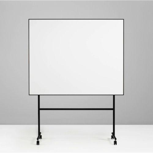 Lintex - One Mobil Whiteboard - moffice.dk. #genbrug #bærdygtig #møbler #design #tavler #kontorindretning