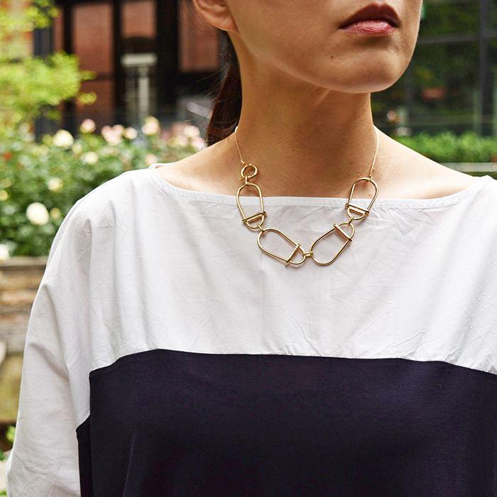 #goldmetal #necklace by #helenarohner