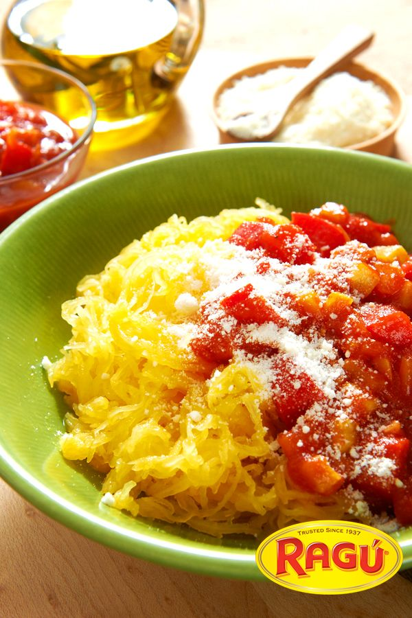 It's Spaghetti. It's Squash. It's Spaghetti Squash!!! Peep ours with Ragú Old World Style Traditional Sauce. Or, use your favorite Ragú Chunky Sauce. Pasta-free and delicious.