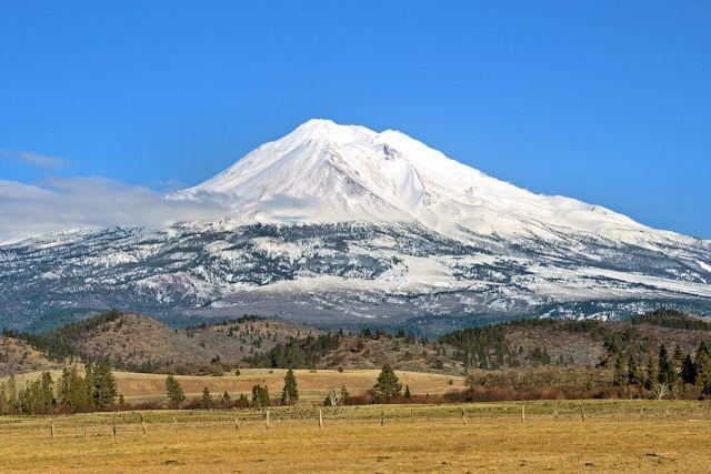 mount shasta single girls Mount shasta volcano, california (canada and usa (mainland)) - facts & information / volcanodiscovery / volcanodiscovery.